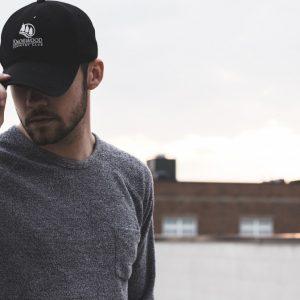 Utiliser des casquettes publicitaires: quels enjeux pour une entreprise?