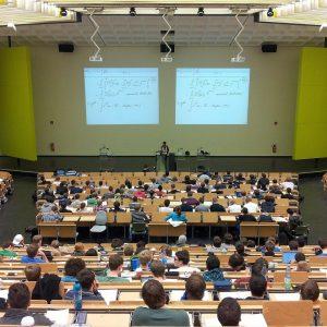Comment organiser votre conférence en respect des normes sanitaires?